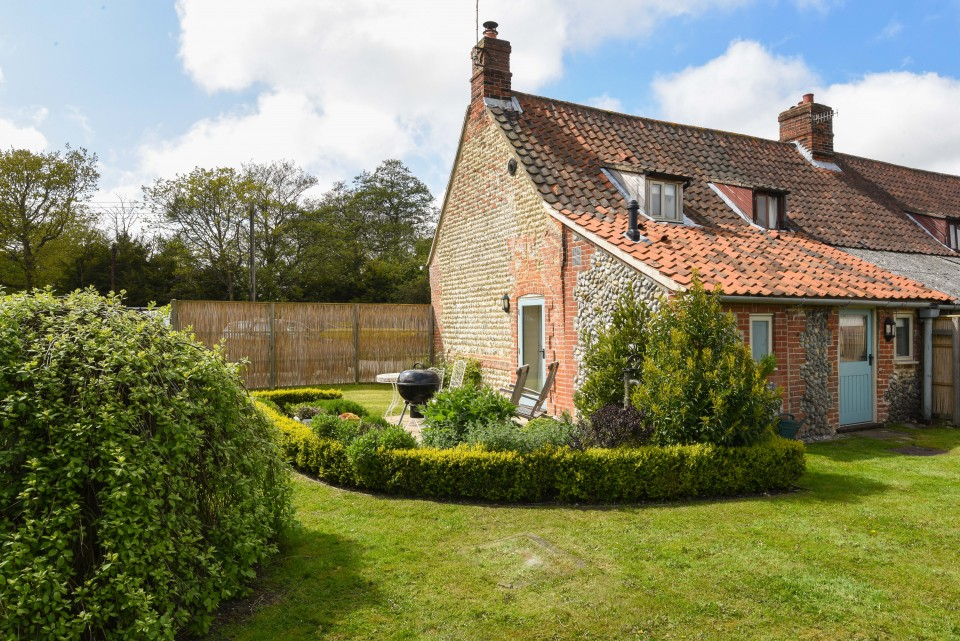 Garden Cottage, holiday accommodation, Rookery Farm, Norfolk